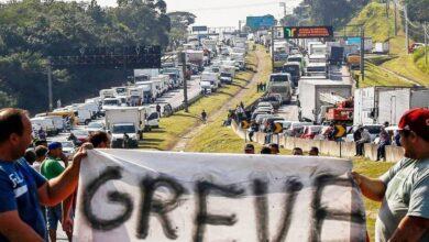 Photo of Caminhoneiros mantêm greve a partir da próxima segunda-feira